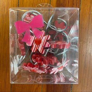 Bath - Red/ pink flower shower curtain hooks, set of 12